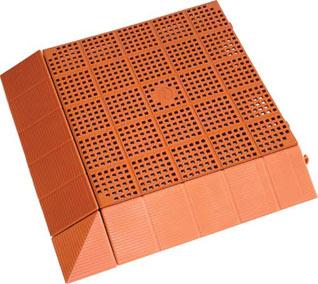 Pavimentazione modulare areata per interno ed esterno for Piastrelle plastica giardino leroy merlin